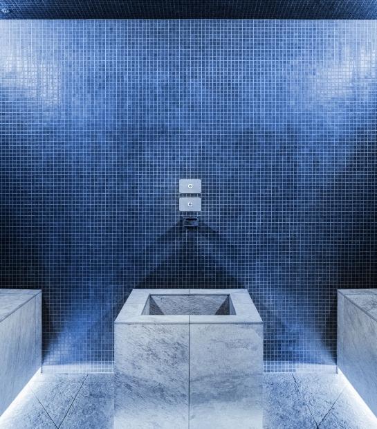 Colour showers