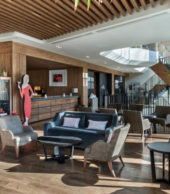 Panoramica dell'EQ Lounge Bar